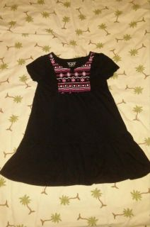 Children's Place brand size 3T excellent conditions dress. Check out my profile meeting information. BV