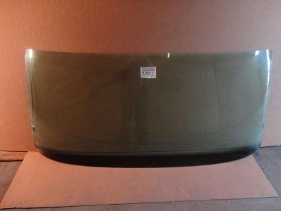 Sell 2005-2012 HINO CONVENTIONAL CAB FRONT WINDSHIELD GLASS WINDOW #2521 motorcycle in Orlando, Florida, US, for US $129.00