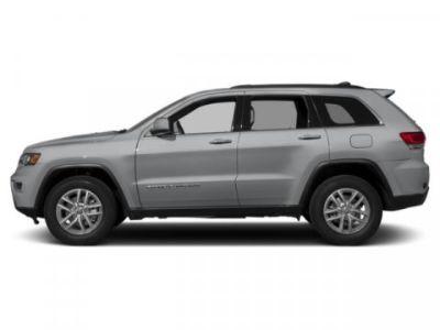 2019 Jeep Grand Cherokee Laredo (Billet Silver Metallic Clearcoat)