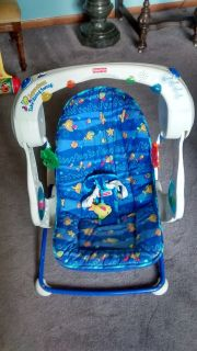 FISHER PRICE AQUARIUM TAKE ALONG SWING.