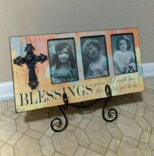 BLESSINGS PICTURE WALL DECOR/PLATE STAND......EXCELLENT CONDITION