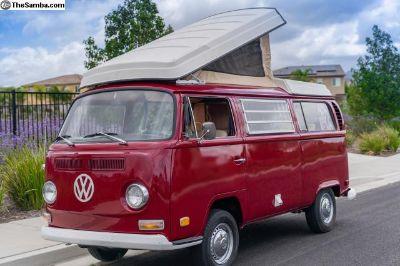 1971 VW Bus / Westfalia Camper