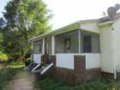 Home for sale or real estate at 2107 2109 Bob Irwin Road Maryville TN 37803