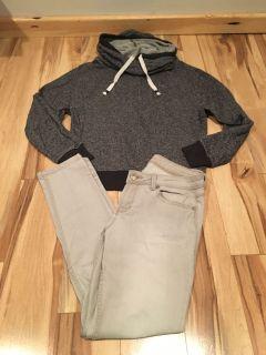 Super cute casual hoodie & skinny jeans