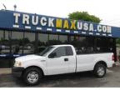2005 Ford F-150 XL 8FT BED White, CLEAN CARFAX 4 2L V6, LONG BED, TOW PKG