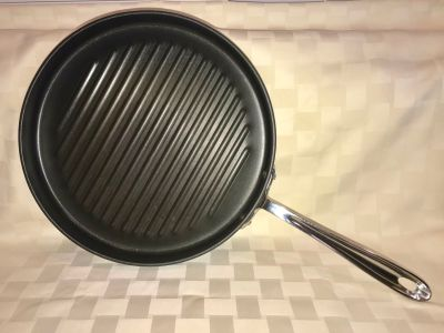 All-Clad 12 Round Non-Stick Grill Pan / Skillet