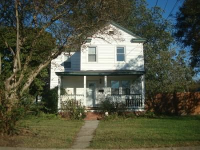 4 Bed 1.5 Bath Foreclosure Property in Chesapeake, VA 23324 - Hull St