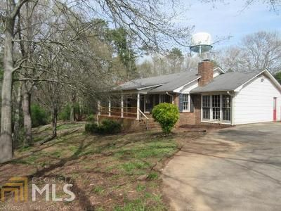 4 Bed 4 Bath Foreclosure Property in Royston, GA 30662 - Springdale Dr