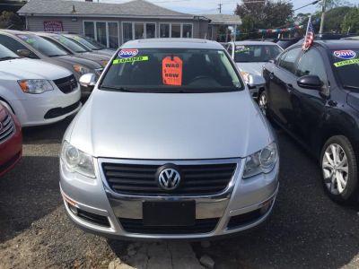 2009 Volkswagen Passat Komfort (Island Gray Metallic)