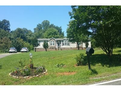 3 Bed 2 Bath Preforeclosure Property in Tobaccoville, NC 27050 - Boiling Springs Rd