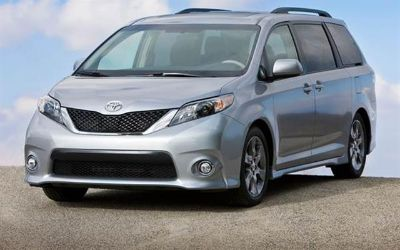 2015 Toyota Sienna 5dr 8-Pass Van LE FWD (Natl) (all colors available)
