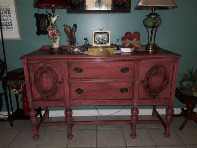 Vintage Jacobean Sidebar