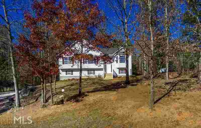 3385 Woodlake Ln Villa Rica, Newly Remodeled Four BR/3 Full