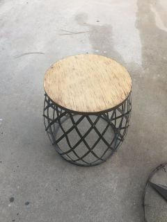 Metal / wood side table
