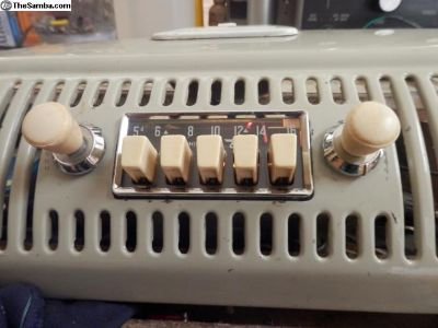 working 60/61 bendix saphire l big button radio
