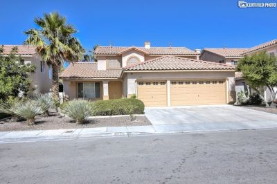 $4000 5 single-family home in Paradise