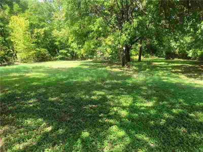 562 Lemon St Petersburg Three BR, Walk out ranch on great water
