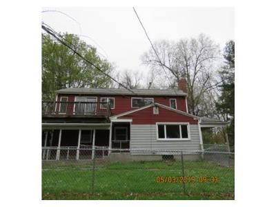4 Bed 2 Bath Foreclosure Property in Amherst, MA 01002 - Valley View Dr