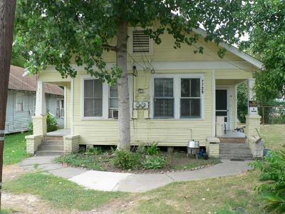 $70, 1br, $70 WeeklyFurnished  Rooms  All Bills Paid 713-928-6771