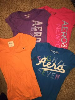 Lot of tees Sz XS Aeropostale and Hollister