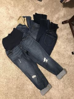 4 pairs of Maternity Jeans - women s size small