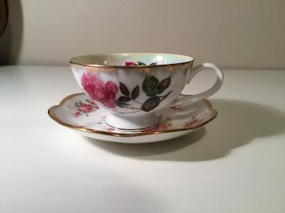 Beautiful Mid Century Vintage Fine China Iridescent Oil Slick Teacup and Saucer