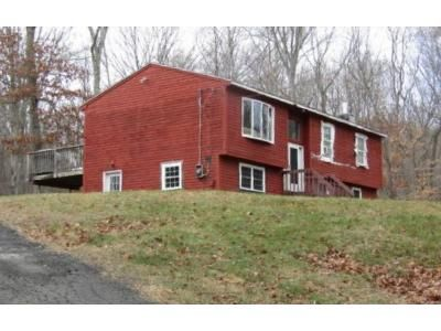 3 Bed 1.5 Bath Foreclosure Property in East Hampton, CT 06424 - Wopowog Rd