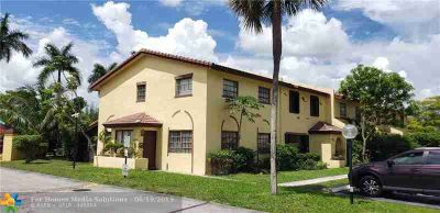 2601 NW 47th lane 3301 LAUDERDALE LAKES, Great place to
