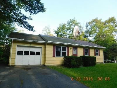 3 Bed 1 Bath Foreclosure Property in Bellows Falls, VT 05101 - Reese Cir