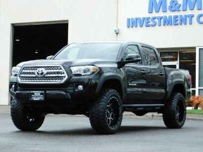 2017 Toyota Tacoma 4WD / TRD OFF-ROAD / CRAWL CONTROL / LIFTED !!