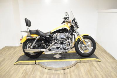2011 Harley-Davidson XL1200C SPORTSTER Cruisers Motorcycles Wauconda, IL