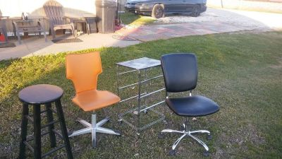 Office desk chairs & stand