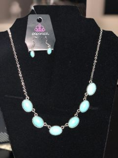 Teal necklace and matching earrings