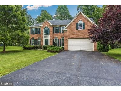 4 Bed 4 Bath Foreclosure Property in Emmitsburg, MD 21727 - Carrick Ct