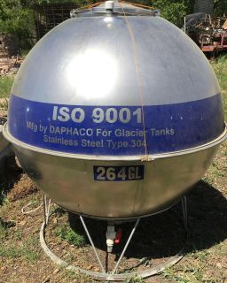 Water tank stainless steel. 264 gallon 300.00 obo pick up in Harper