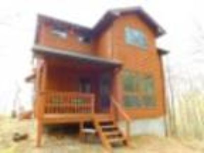 """New Creek Four BR, NEW LISTING"""" THE PRESERVE AT LAKE Located at"""