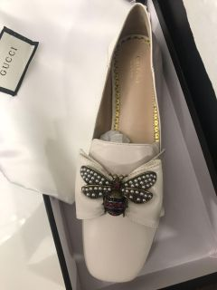 Gucci bumblebee Ballerina Loafers size 10