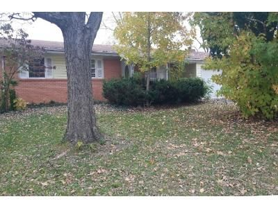 3 Bed 2 Bath Preforeclosure Property in Saint Charles, MO 63301 - Wilshire Dr