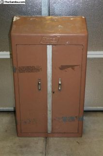 1952 Hazet 110 Wall Mount Tool Box Cabinet