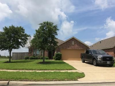 4 Bed 2 Bath Preforeclosure Property in Pearland, TX 77581 - Secret Falls Court