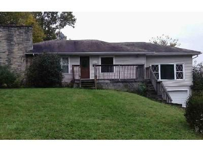 3 Bed 2 Bath Foreclosure Property in Springfield, OH 45504 - Westgate Rd