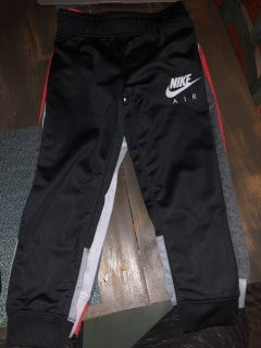 Nike size 5 child pants cross posted
