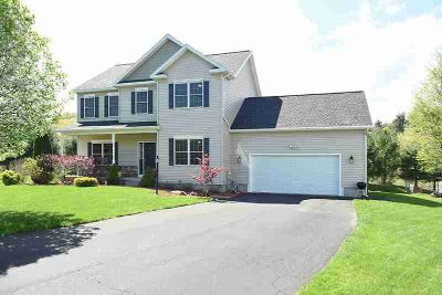 7 Nicole CT CLIFTON PARK Four BR, Wow, only 7 1/2 years young!