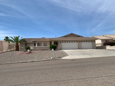 Fabulous Lake Havasu home for sale by owner!!