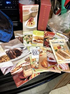 Pampered Chef Seasons Best Cookbooks