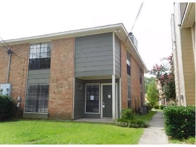 2 Bed 2.5 Bath Foreclosure Property in Baton Rouge, LA 70815 - Ballina Ave
