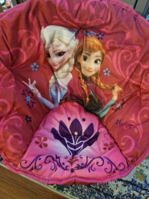 Disney Frozen Elsa and Anna Kids Folding Saucer Chair