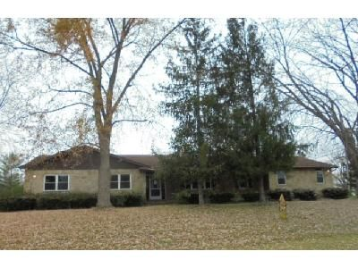 4 Bed 2.5 Bath Foreclosure Property in Hamilton, OH 45011 - Weeping Willow Dr