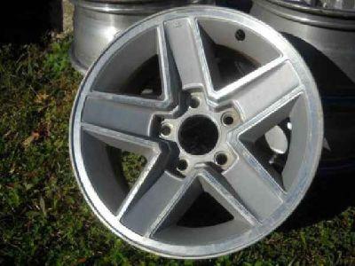 $200 stock chevy camaro wheels (picayune ms.)