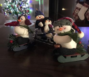 Snowman collection, soft and stuffed light weight. $2